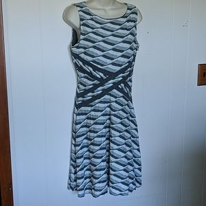 Ann Taylor LOFT grey & white fit and flare midi 4